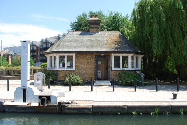 Brentford Toll House